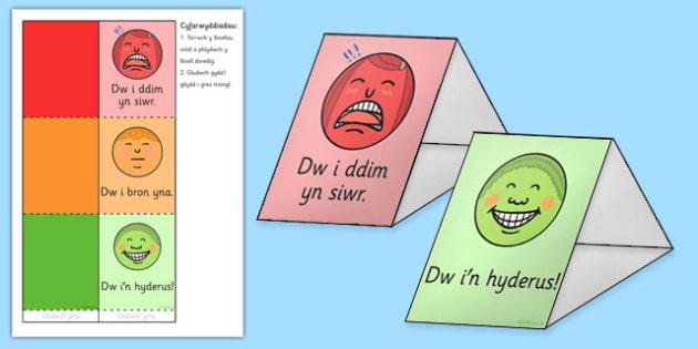 Goleuadau traffig a triongl emosiwn Traffic Light and Emotion Triangles Cymraeg - welsh, cymraeg, traffic light, emotion, triangles