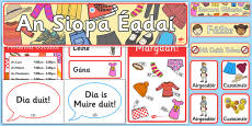 The Clothes Shop Role Play Pack Gaeilge