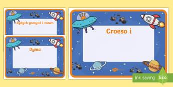 Arwyddion Croeso Dosbarth Thema'r Gofod -  Croeso, Welcome Display Resources, adnoddau arddangos, space, pirates, y gofod, mor-ladron, morladr
