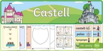 Pecyn Chwarae Rôl Castell Hud a Lledrith - castell, cestyll, chwarae rol, hudol, hud, lledrith, tywysog, tywysoges, brenin, brenhines,Welsh