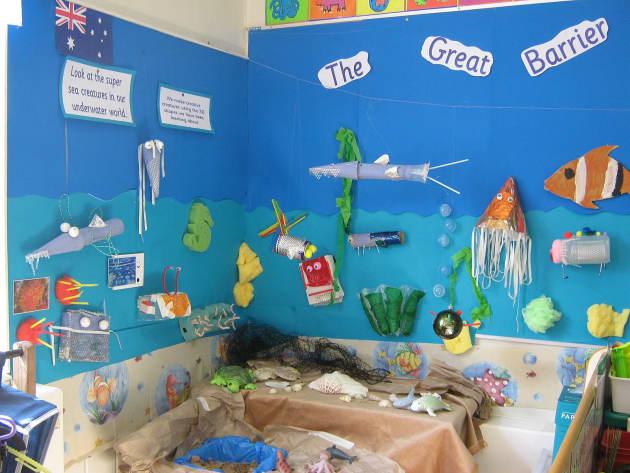 Modern Preschool Classroom ~ Great barrier reef display class tropical under the